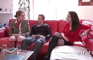 Pacar linda bermain dengan Bat merah video seks jepang gratis muda.