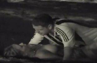 Amatir video porn jepang free brunette (rambut coklat) bercinta di kursi ayah.