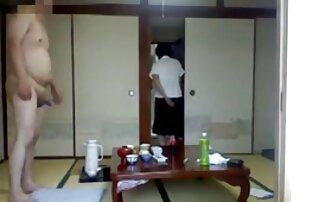 Dewasa pirang di video bokep jepang gratis fishnets memenuhi pantatnya dengan sperma.