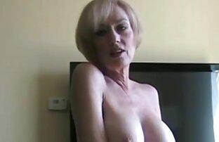 Milf Jerman di gangbang pertamanya. download video sex jepang gratis