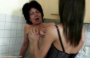 Seorang amatir nyata masturbasi sampai ia meniup beban. sex free jepang