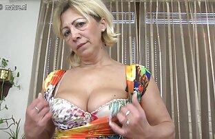 Milf Prancis mengambil free download video sex jepang ayam besar di pantat.