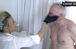Beberapa free video sex jepang bersenang-senang di sofa