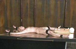 Remaja pirang sempurna dengan tubuh yang menakjubkan. free download video sex jepang